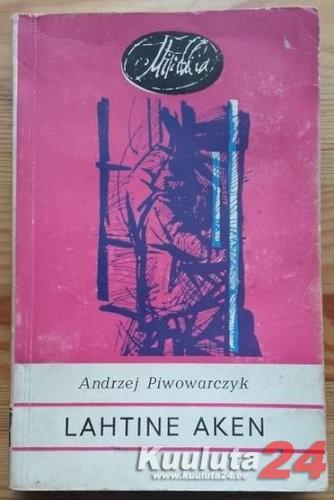 Lahtine aken. Andrzej Piwowarczyk (Mirabilia)